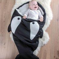 Slaapzak baby shark aanbieding