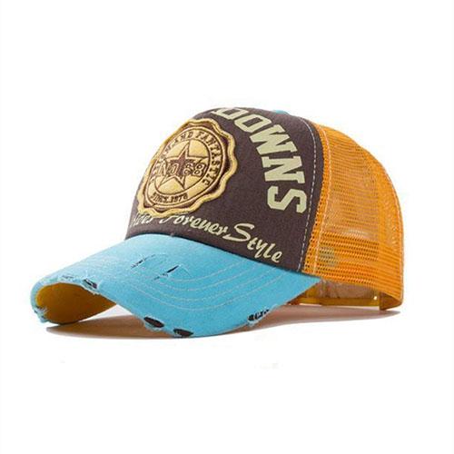 Blauw en geel baseballcap