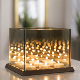 Candle-lights-mirror-glass