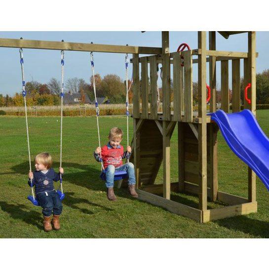 Robuuste Houten Ladder.Houten Buitenspeelhuizen Met Glijbaan Ladder En Schommels Webshop