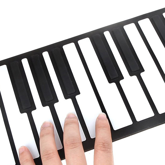 Pianotoetsen Close Up 1