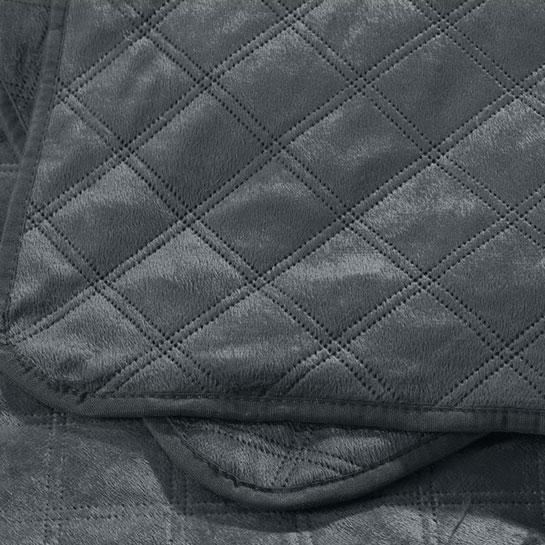 Velvet Classico Close Up 8