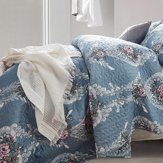 Bedsprei Retro Flower Blue Close Up 2