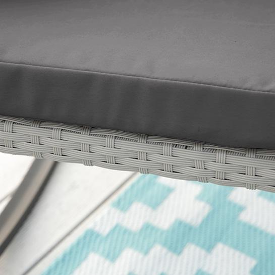 2 Luxe Schommelstoelen Incl. Tafel Mello 8