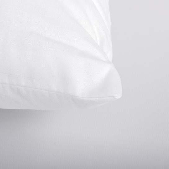 Elisabeth Pillow Close Up 2 545x545