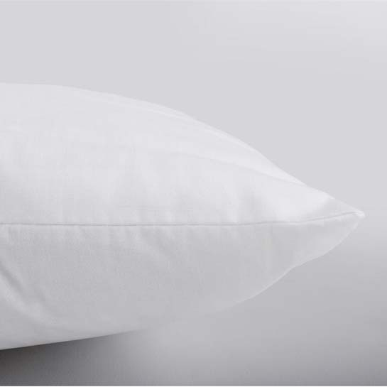 Elisabeth Pillow Close Up 545x545