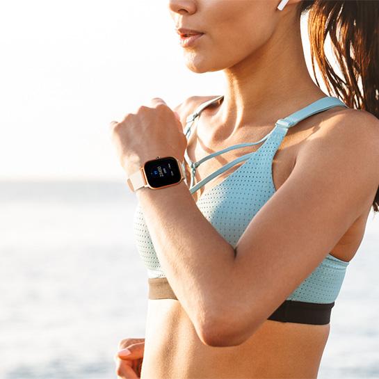 Smartwatch 2 Kleuren, Goud Om Pols Vrouw
